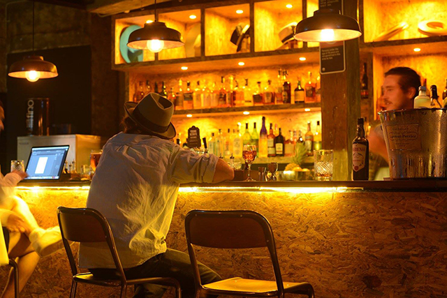 5 underground bars to hide out in this weekend (фото 1)