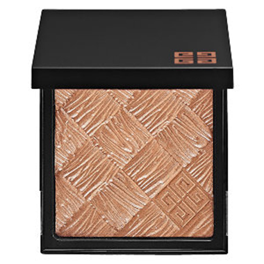 Believably bronzed: look naturally sun-kissed this winter (фото 6)