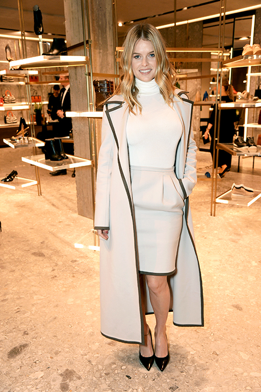 London calling: the complete Max Mara Resort 2016 show