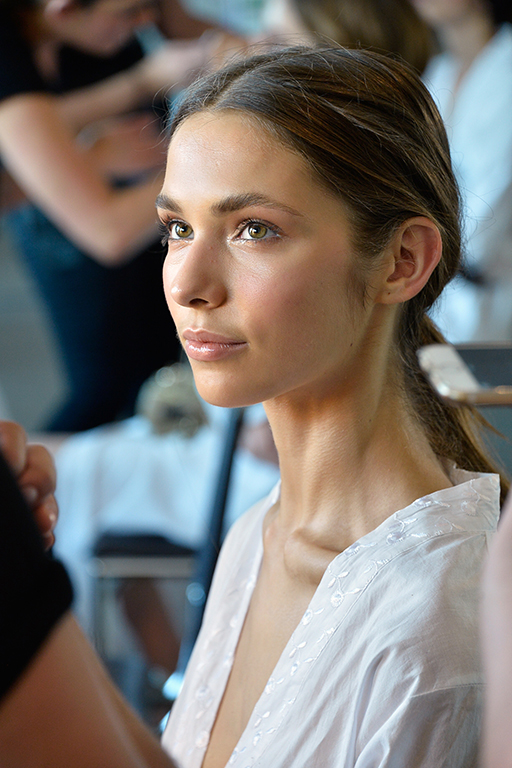 The 5 new make-up looks to master