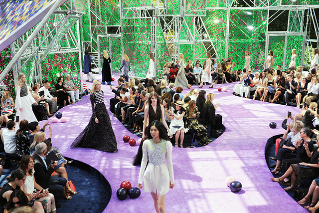 The garden of earthly delights at Dior couture A/W '15 (фото 2)