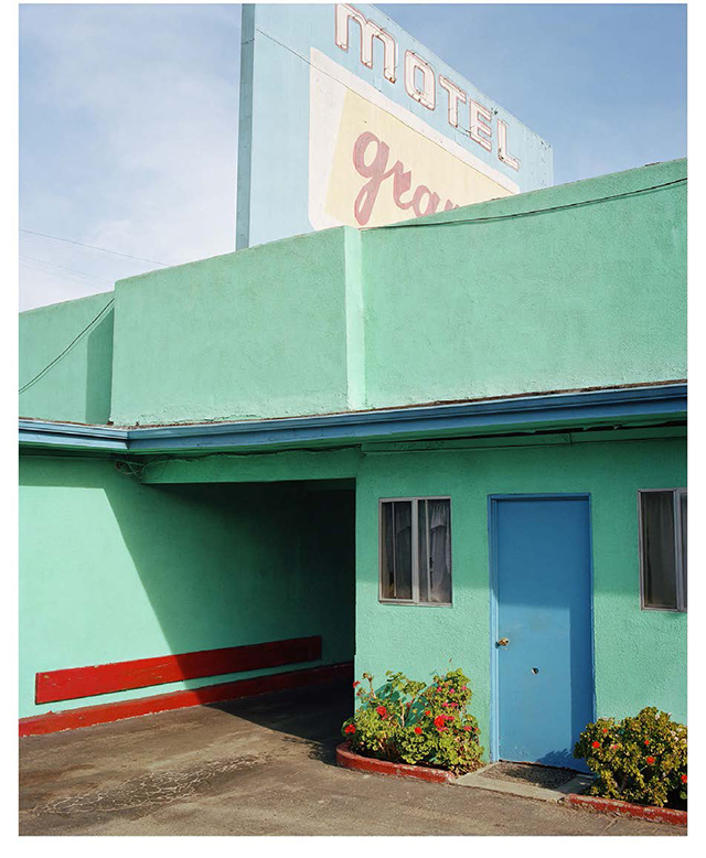 City of angels: George Byrne's lonely LA streetscapes (фото 6)