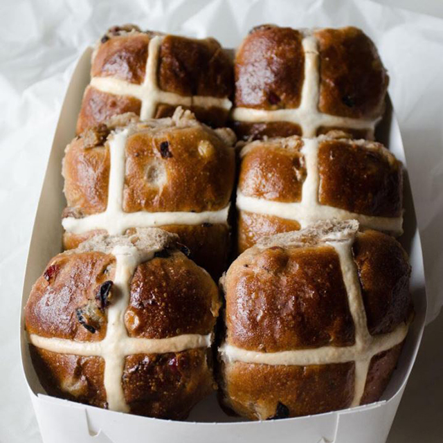 5 Sydney bakeries to try the fluffiest hot cross buns this Easter (фото 2)