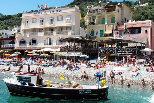 Buro city guide: Positano