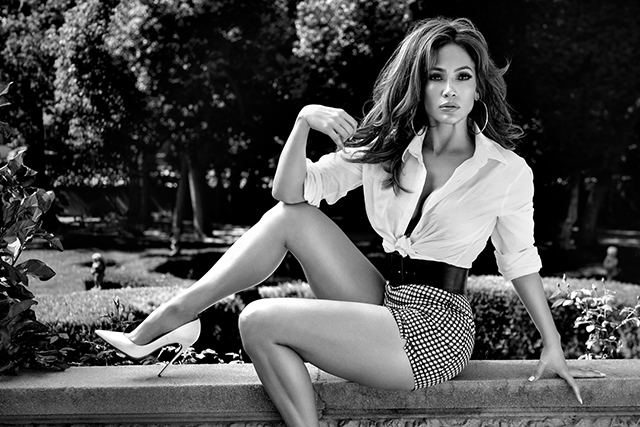 Jenny from the Block is Paul Marciano's latest GUESS girl (фото 4)