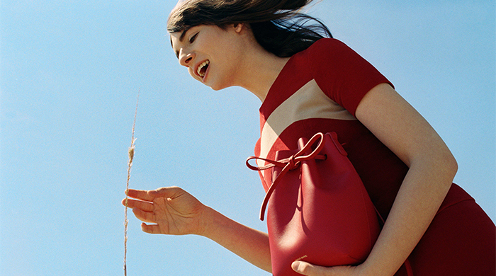 Which transgender beauty is the new face of Mansur Gavriel? (фото 1)