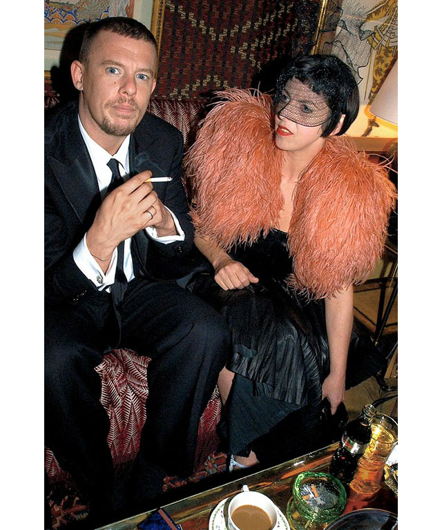 Is there ANOTHER Alexander McQueen film in the works? (фото 2)