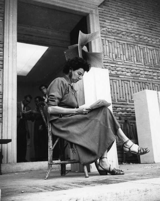 Women in the arts: Peggy Guggenheim (фото 1)