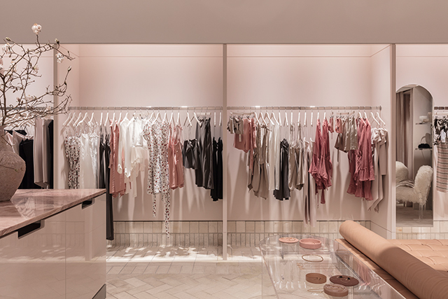 Millennial pink addict? Check out Bec & Bridge's first-ever store (фото 1)