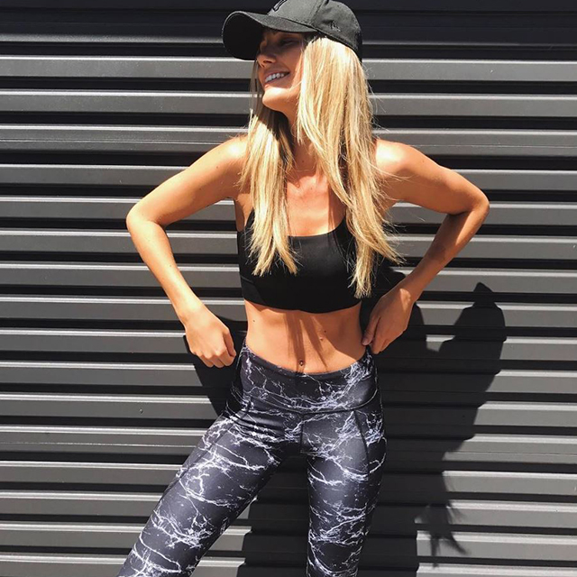 Model Brooke Hogan's health and fitness secrets (фото 2)