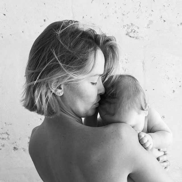 Lara Worthington chats family life, babies and beauty (фото 6)