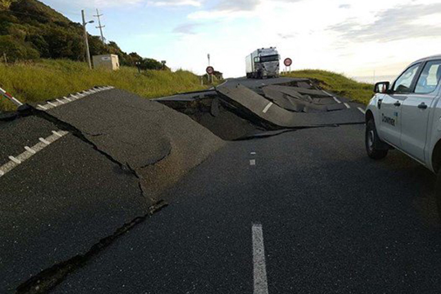 New Zealand's South Island struck by 7.5-magnitude earthquake