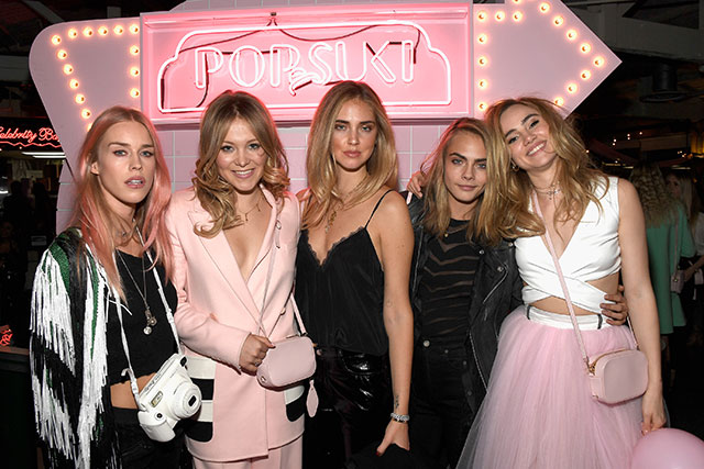 Suki Waterhouse and Poppy Jamie launch a new accessories line (фото 2)