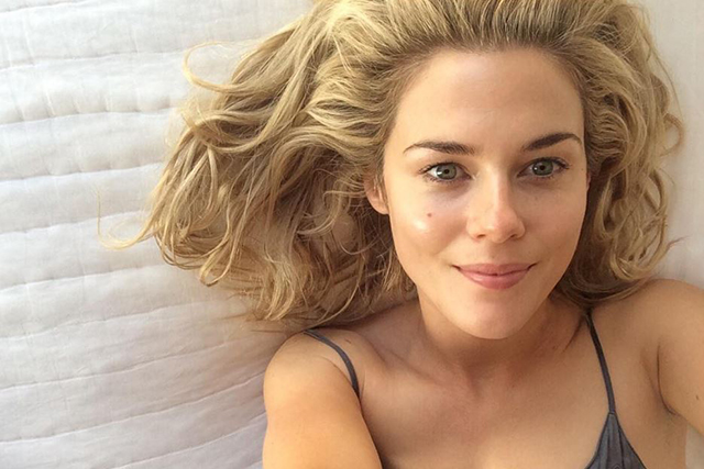 Rachael Taylor on skincare secrets and must-have products (фото 3)