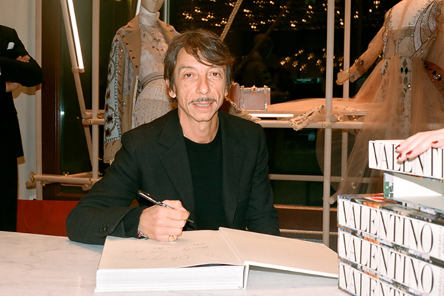 Flying solo: Valentino's Pierpaolo Piccioli opens up (фото 1)