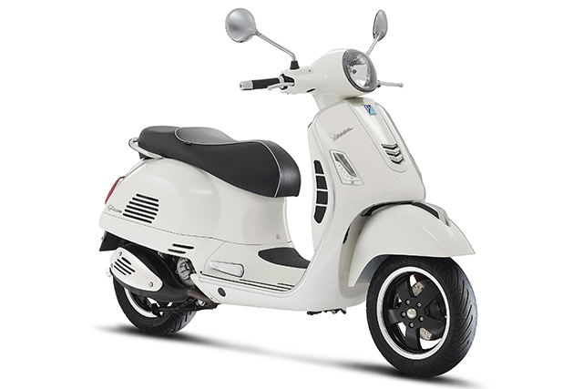 When in Rome: test driving the new Vespa Sprint (фото 3)