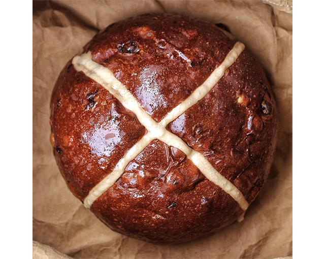 5 Sydney bakeries to try the fluffiest hot cross buns this Easter (фото 4)