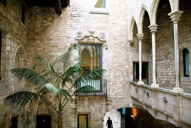 Buro city guide: Barcelona (фото 9)