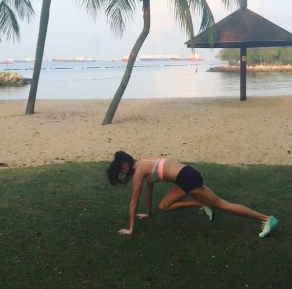 Model Hannah Saul's failsafe hotel workout (фото 1)