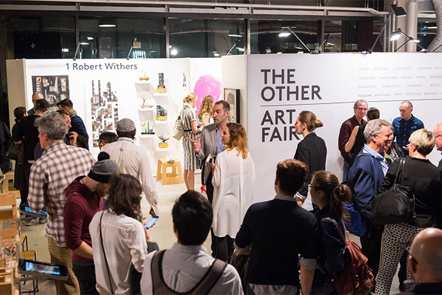 Live tattooing, DIY smores and 100 artists: The Other Art Fair is back (фото 1)