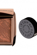 4.	Bronzer/illuminator:  Hourglass Ambient Lighting Bronzer and Mecca Cosmetica highlighter