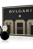 6.	Bulgari Goldea, The Roman Night Christmas Gift Set. Roman Night is crafted to be hypnotic and nocturnal, from its ebony black bottle that resembles a potion in a fairytale, to its juice - dominated by the plummy richness of the purple-black fruit mulberry. As a chypre, with a pungent, forest floor base of oak moss, Roman Night is softly musky, sexy and spicy - the perfect fragrance for party season late nights, for that womanly, confident friend or relative as devil-may-care as a 1950's Italian film goddess. While the 50ml fragrance will add a grown up, diva accent to any beauty cabinet the 15ml addition is perfect for popping in party purses. Bulgari Goldea The Roman Night EDP, $xxx, available December 13.