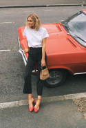 Adenorah - Minimalist, cool and low-key style, Anne-Laure is one of the most influential fashion bloggers in France
