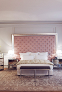 22.	Le Royal Monceau – Raffles Paris (37 Avenue Hoche, 75008 Paris, France)