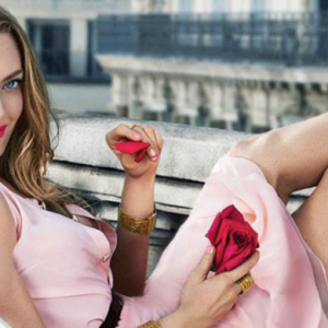 Amanda Seyfried is a vision in the latest Givenchy fragrance campaign