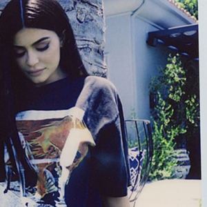"The 14 best burns about Kendall and Kylie's ""vintage"" tees"