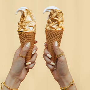 Pandora is giving away free gold ice cream today