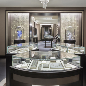 Van Cleef & Arpels opens first Melbourne store