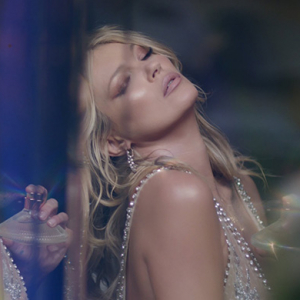 Kate Moss gets the virtual reality treatment from Charlotte Tilbury