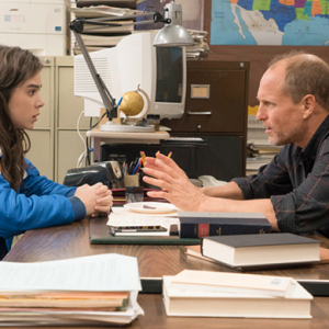 Remember high school? The Edge of Seventeen trailer will bring it back