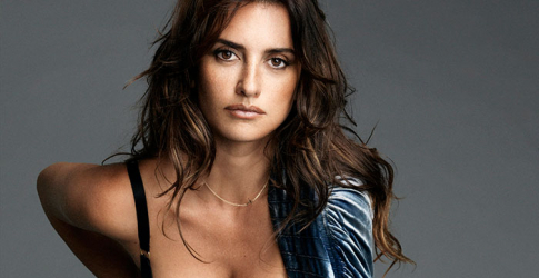 Penelope Cruz is tapped to play which celebrity designer?