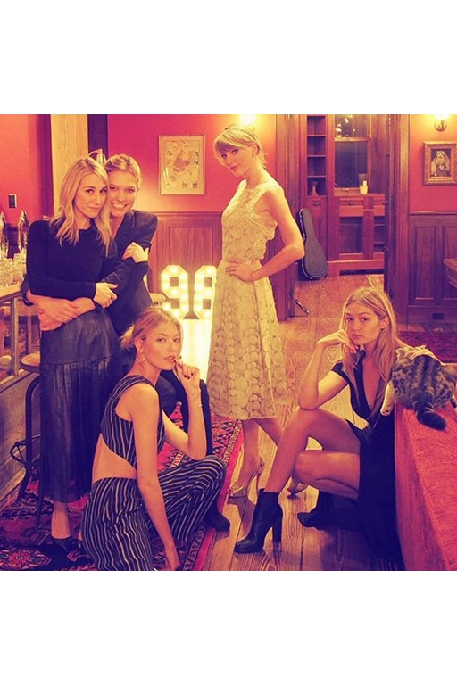 Karlie Kloss, Ashley Avignone, Martha Hunt, Gigi Hadid and Taylor Swift