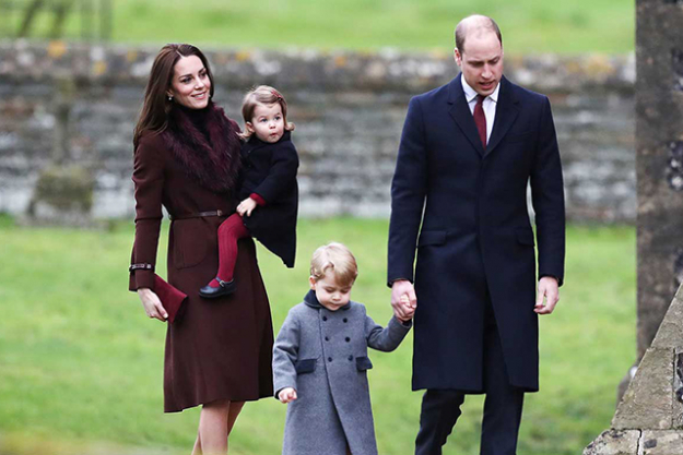 the royal family have released their adorable christmas card photo - Royal Family Christmas Card