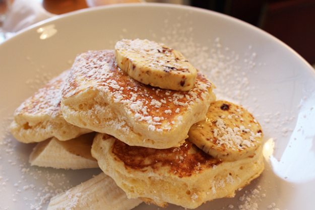 2.	Pancakes at Bills (Darlinghurst). When the struggle is real, nothing beats the Ricotta Hotcakes from Bills, served with decadent banana slices and honeycomb butter. And if you're feeling extra worse for wear, you can wash it all down with their fudge chocolate shake.