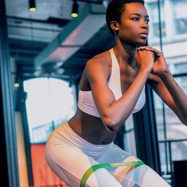 3. Push ups and squats. A lot of models do push ups and squats before entering the catwalk. That gives one last tone to muscles , especially if we are talking about swimwear and lingerie catwalks.