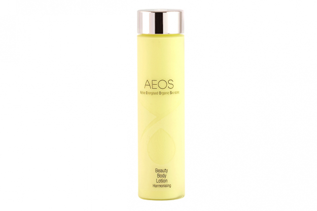 "DO:  Always dry brush your body before you shower or bathe (i.e. whilst you are still dry). You will want to wash off the impurities from the skin as a result of the brushing action. After getting out of the shower, apply a hydrating natural and organic moisturiser.  Try: AEOS Beauty Body Lotion, $61.10<p><a style=""font-size: 17px;"" href=""https://www.energisedorganics.com/shop/beauty-body-lotion-harmonising/"">energisedorganics.com</a></p>