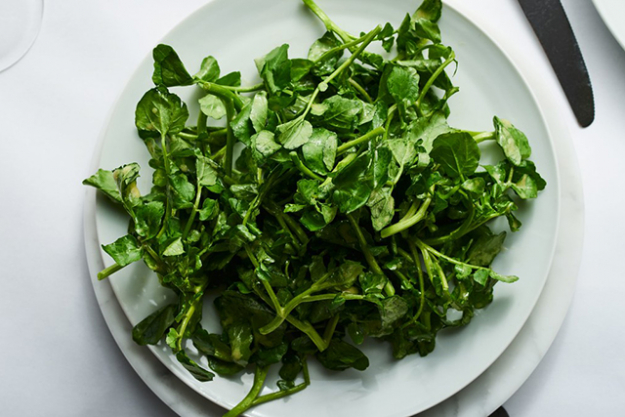 Watercress: This nutrient-rich bitter leafy green helps stimulate digestion and is packed with antioxidants.