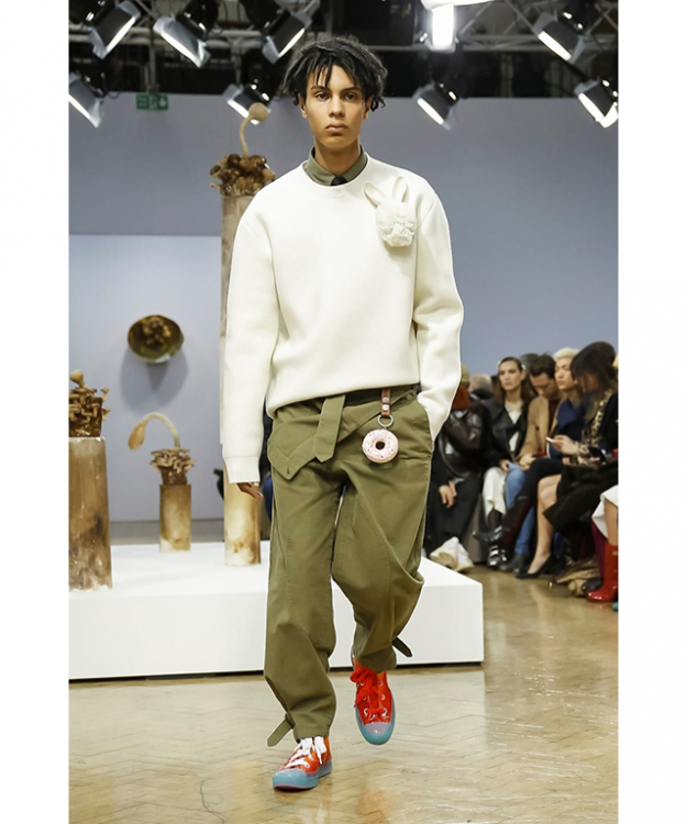 You wear what you eat and apparently, JW Anderson has a sweet tooth as evidenced by the sprinkle-covered confections hanging from the belts of his assembly