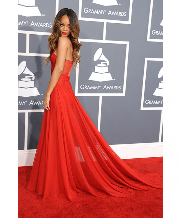 Rihanna wearing a show-stopping Azzedine Alaïa dress to the Grammys 2013 (image: Getty)