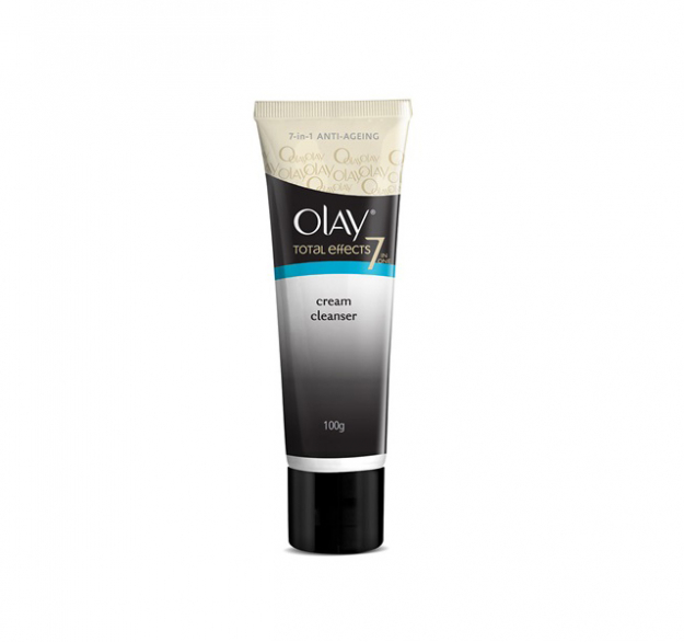 Olay Total Effects Foaming Cleanser: I love the feeling of fresh, clean skin. The foaming cleanser gives me that really deep cleanse that I love! I feel so fresh and radiant after my skin has been cleansed.