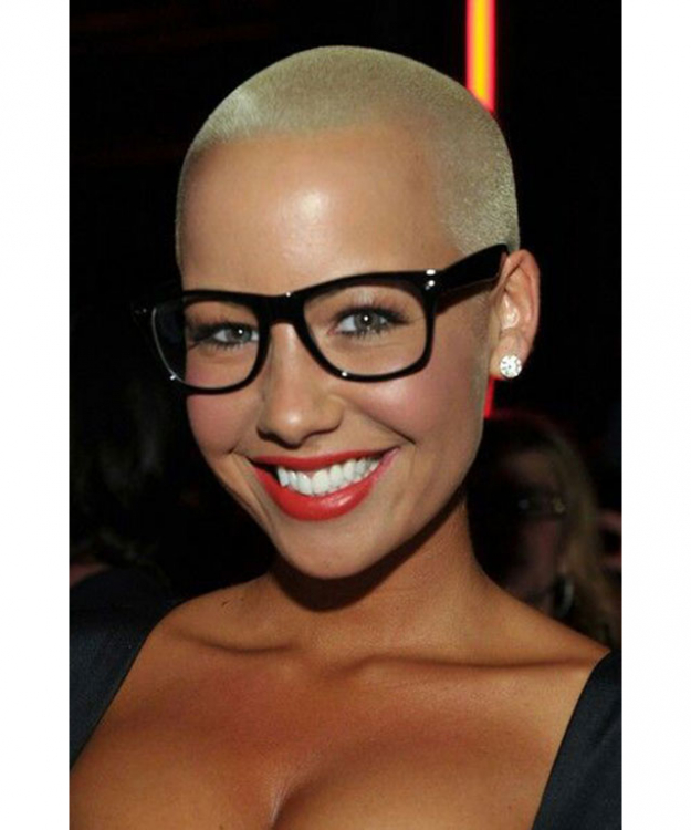 In fact, Amber Rose's iconic bleached buzz cut is actually inspired by Snead O'Conner, in her 'Nothing compares 2 U' music video.