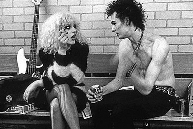 Sid Vicious and Nancy Spungen. Sid Vicious, bassist of the Sex Pistols and Nancy Spungen, a former prostitute and regular on the punk rock scene, met in London in 1976. During a tumultuous 19-month relationship, their heroin use intensified and the tabloids dubbed Spungen 'Nauseating Nancy' for her frequent public displays of verbal abuse and violence. After the Sex Pistols broke up in January 1978, Spungen and Vicious moved to the Hotel Chelsea in New York City. Their volatile relationship ended in 1978 when she was found dead in room 100 from a single stab wound. The knife that was used belonged to Vicious, who was accused of her murder, but four months later he, too, was dead, from a heroin overdose.