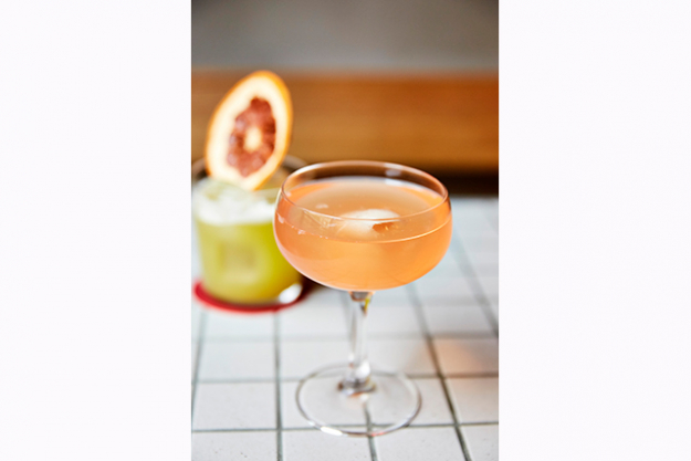 "Uncle's The Paris End Cocktail<p><span style=""font-size: 17px; font-weight: bold;"">Ingredients:</span></p>