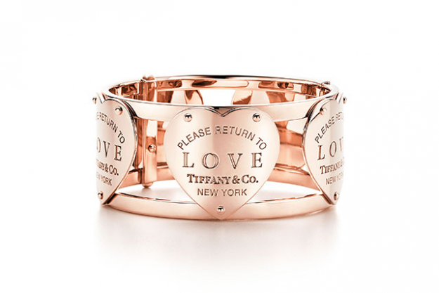 Return to Tiffany® Love wide hinged cuff in 18k rose gold.