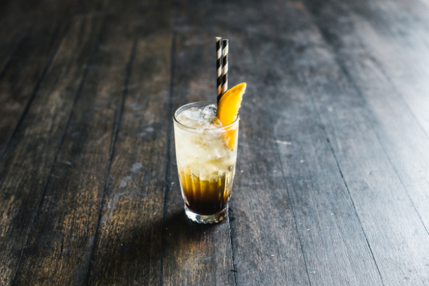 "Coffee Collins: 30ml Mr Black, 30ml Gin 90ml Fever Tree Tonic.<p><span style=""font-size: 8pt;"">(Image: Alana Dimou)</span></p>"