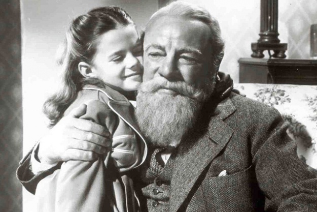 Miracle on 34th Street (1947): you may have seen the 1994 remake with Elizabeth Perkins, Dylan McDermott and Mara Wilson, but nothing beats the original.